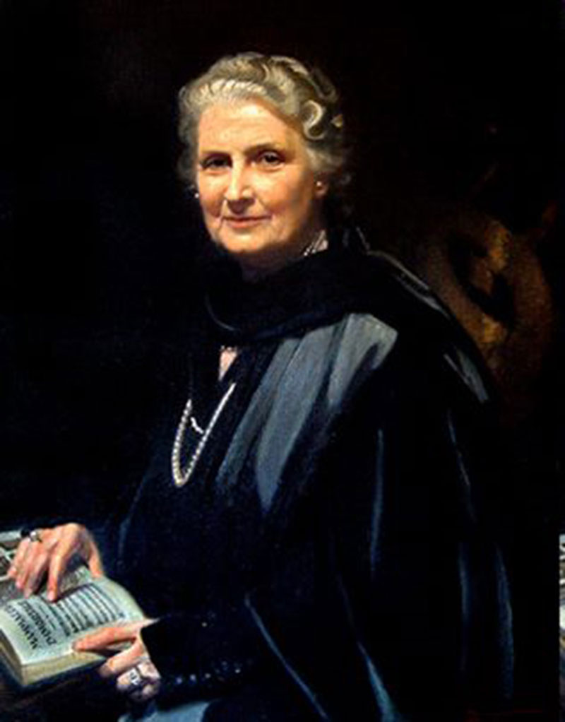 discoveries of dr maria montessori by observing the child Maria montessori was born in italy in 1870 in her work at the university of rome's psychiatric clinic, dr montessori developed an interest in the treatment of children and for several years wrote and spoke on their behalf observation: scientific.
